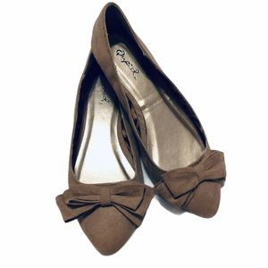 Qupid Brown Pointy Toed Flats with Bows